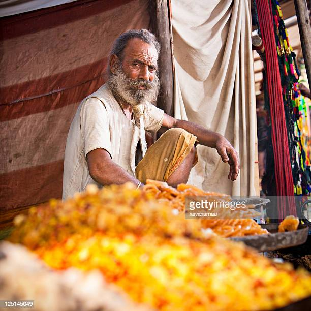 selling dried fruit - pushkar stock pictures, royalty-free photos & images