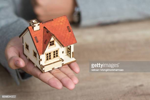 selling house - image stock pictures, royalty-free photos & images