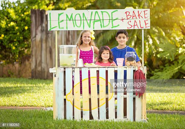Selling lemonade and cookies