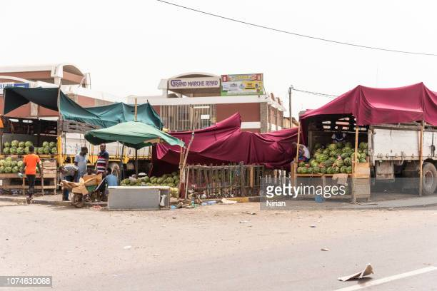 selling watermelons in djibouti - djibouti stock pictures, royalty-free photos & images