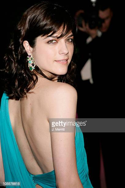 Selma Blair during 2005 Vanity Fair Oscar Party at Mortons in Los Angeles California United States