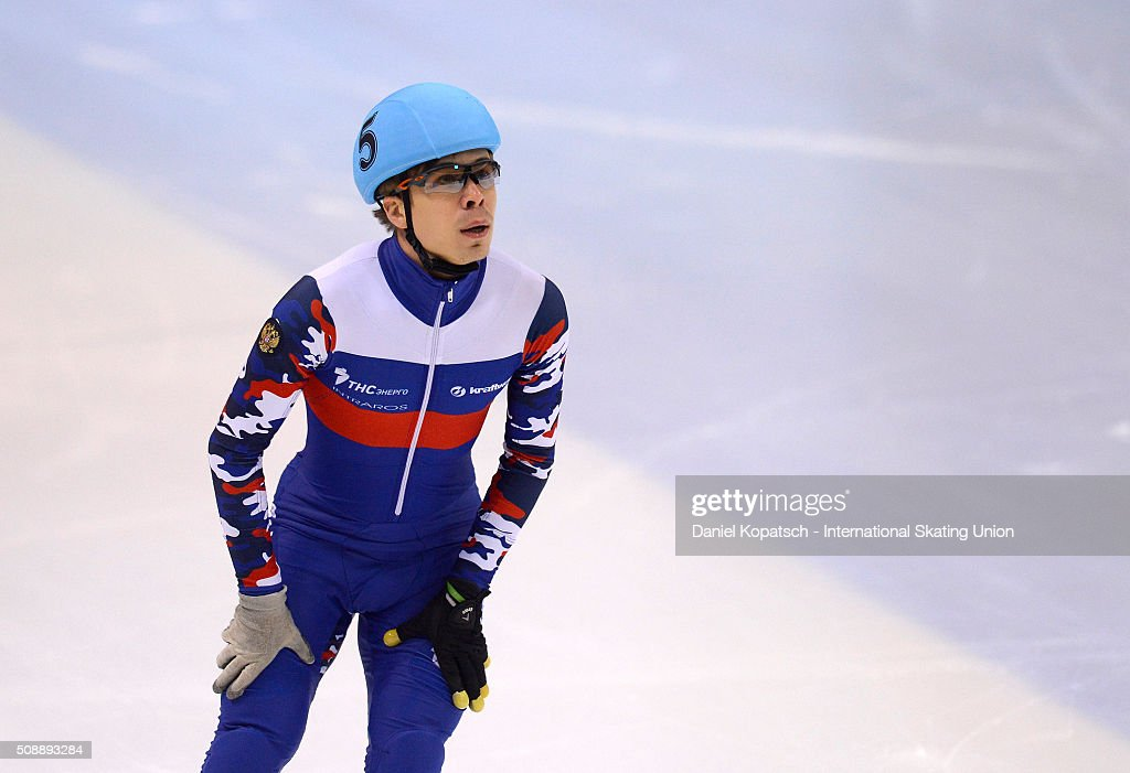 ISU World Cup Short Track Speed Skating - Day 2