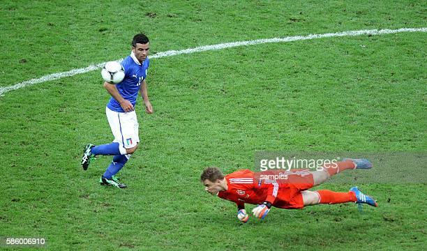 Manuel Neuer Antonio Di Natale Fussball EM 2012 Halbfinale Deutschalnd Italien 12 semifinal Germany vsItalia National Stadium Warsaw 2862012