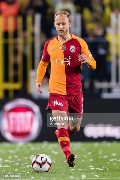 Semih Kaya of Galatasaray SK during the Turkish Spor Toto Super Lig football match between Fenerbahce AS and Galatasaray AS at the Sukru Saracoglu...
