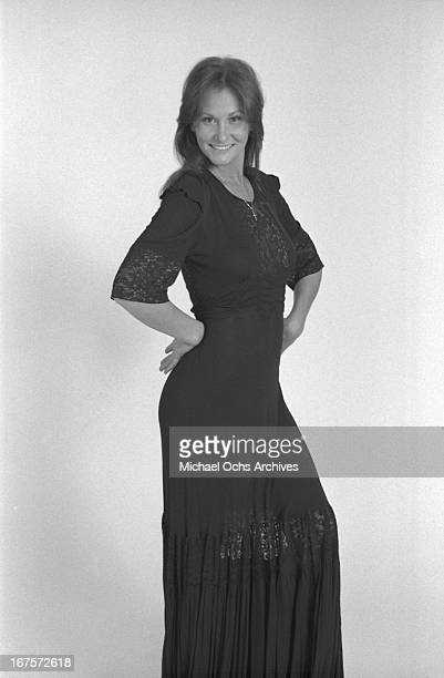 Seminal adult film star Linda Lovelace poses for a portrait circa 1976 in Los Angeles, California.