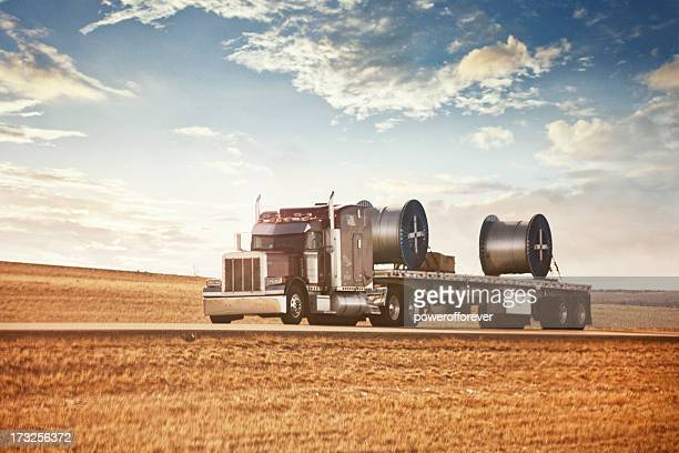 semi-trailer truck - trailer stock pictures, royalty-free photos & images