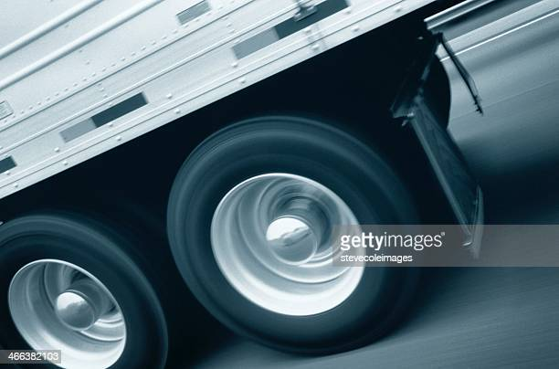 semi-truck - wheel stock pictures, royalty-free photos & images