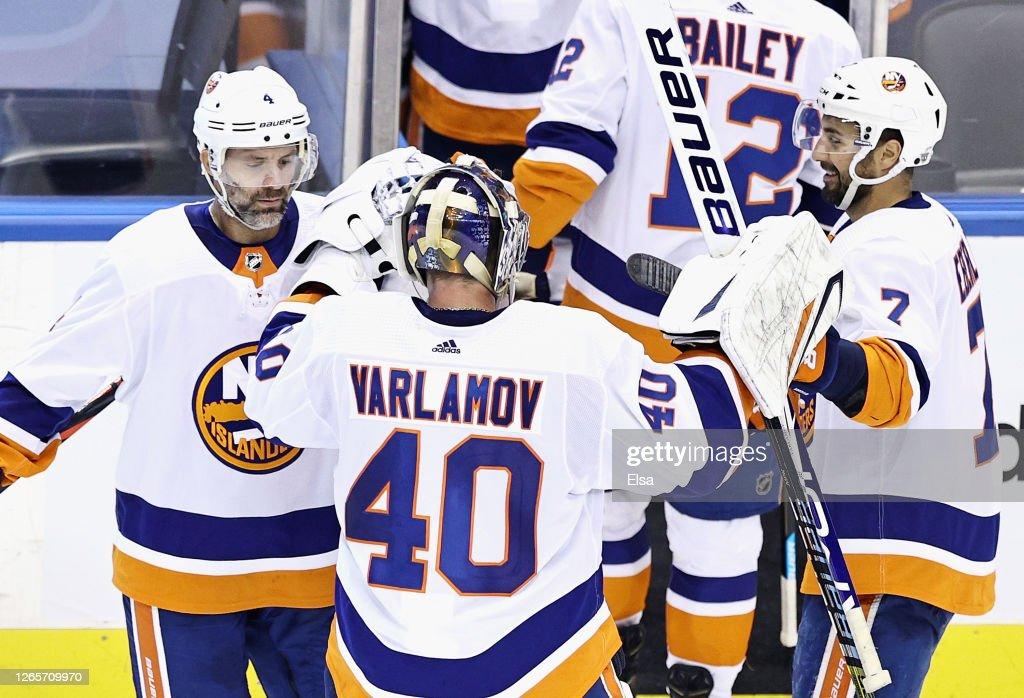 Washington Capitals v New York Islanders - Game One : News Photo