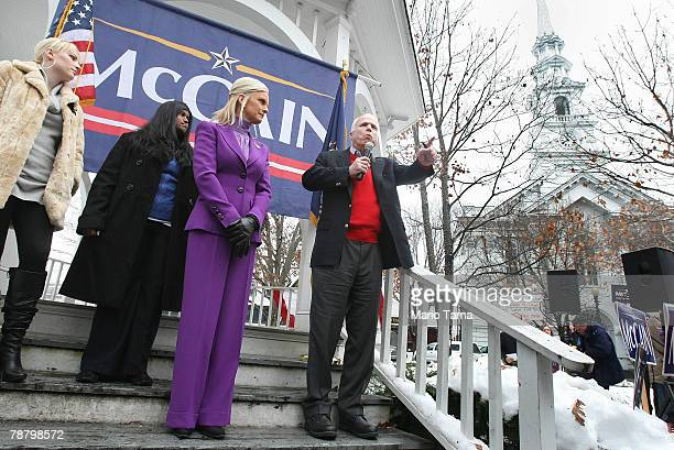US Sen and presidential contender John McCain wife Cindy and daughters Bridget and Meghan greet supporters at a The Mac is Back rally January 7 2008...