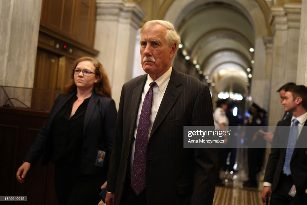 U.S. Senate Negotiates Ahead Of Possible Cloture Vote On Infrastructure Bill : News Photo