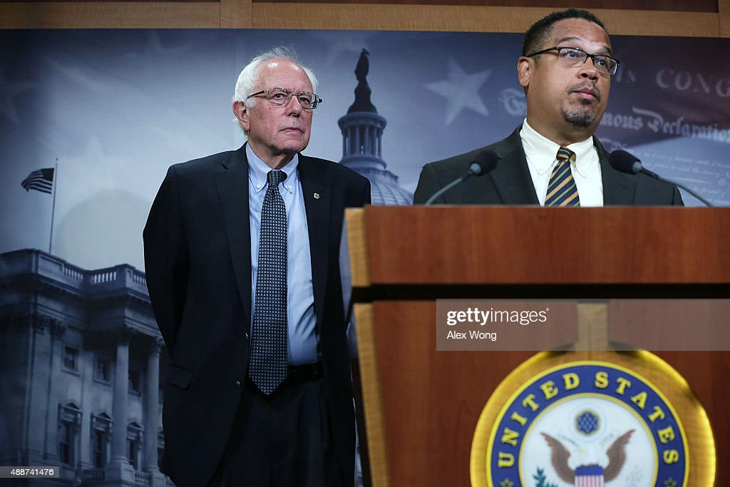 Bernie Sanders Holds News Conference On Private Prisons On Captiol Hill : News Photo