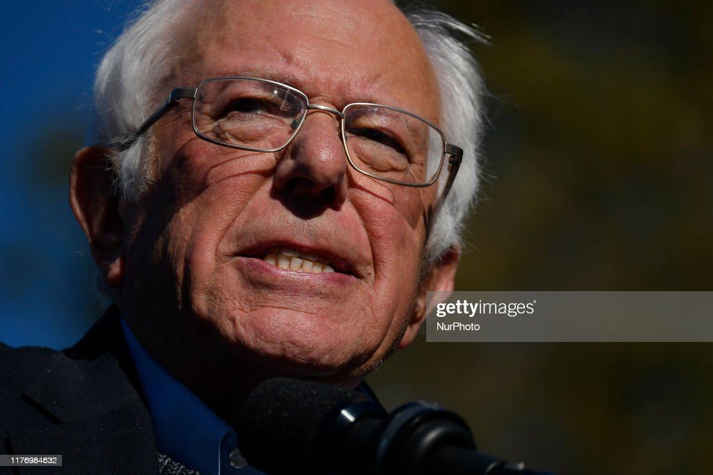 Bernie Sanders Returns To The Campaign Trail With A Rally In New York City : News Photo