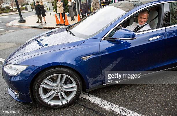 STATES MARCH 15 Sen Bill Nelson DFla asks for permission to engage while testing the Tesla Model S 90D during an exhibition of selfdriving cars for...
