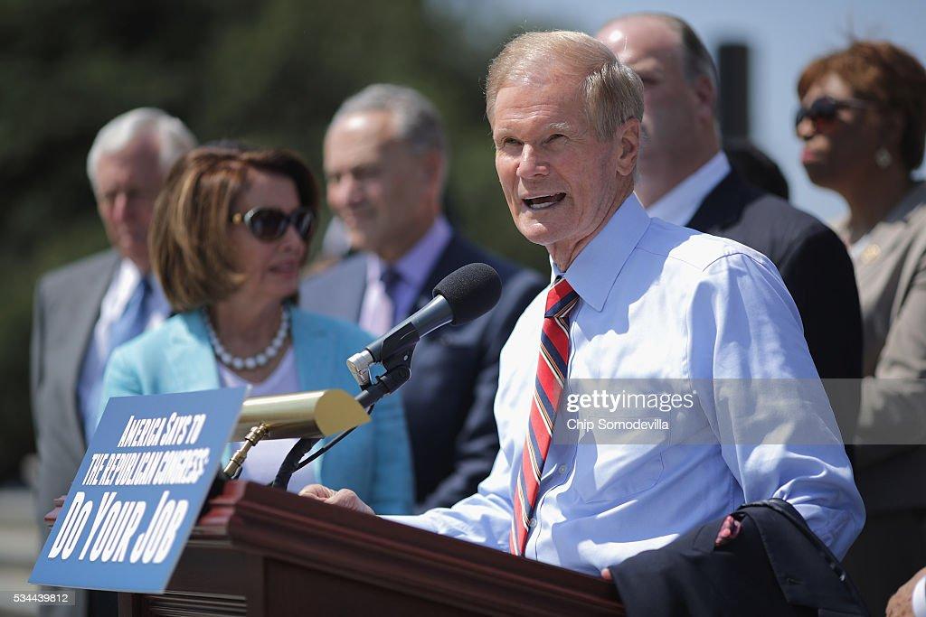 Reid, Pelosi, Call On GOP Legislators To Postpone Congressional Recess