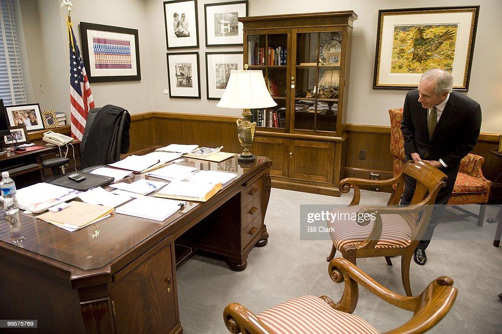Sen. Bob Corker, R-Tenn., talks about his office desk in his offices in the Dirksen Senate Office Building on Thursday, Jan. 22, 2009.