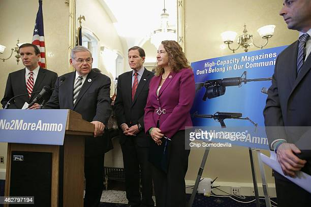 Sen Chris Murphy Sen Robert Menendez Sen Richard Blumenthal and Rep Elizabeth Esty are joined by Newtown Action Alliance Vice Chairman David Stowe to...