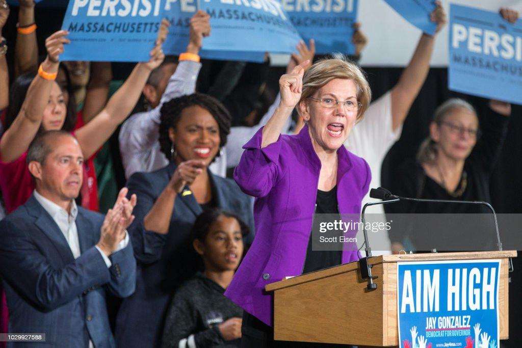 Congressional Democratic Candidate Ayanna Pressley Attends Rally With Sen. Elizabeth Warren : News Photo