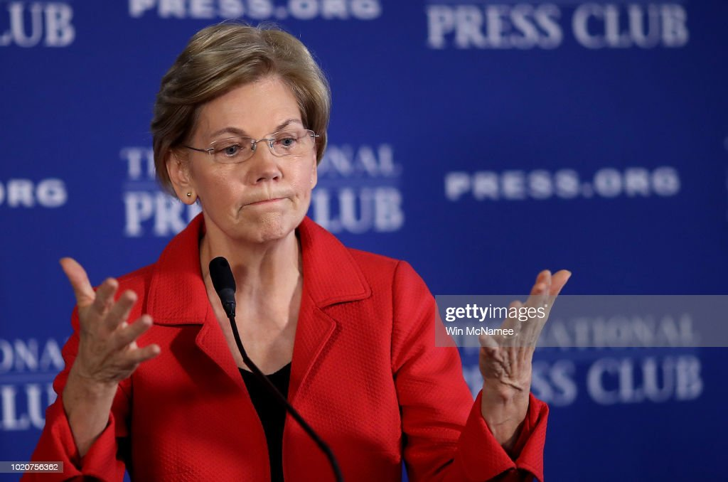 Sen. Elizabeth Warren Delivers Policy Speech On Ending Corruption In DC, And Outlining New Anti-Corruption Legislation : News Photo