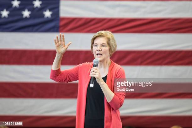 Sen Elizabeth Warren speaks during a New Hampshire organizing event for her 2020 presidential exploratory committee at Manchester Community College...