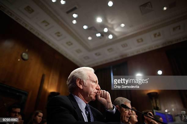 Sen Joe Lieberman testifies before the Senate Budget Committee Capitol Hill November 10 2009 in Washington DC Lieberman and bipartisan members of...