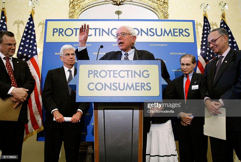 Democratic Senators Promote Credit Card Reform Legislation