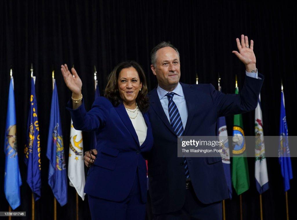 Sen Kamala D Harris And Her Husband Doug Emhoff Wave After Harris News Photo Getty Images