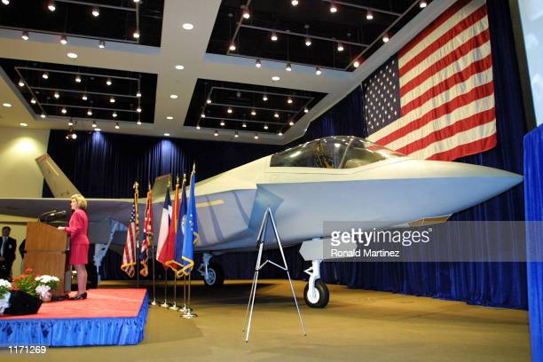 Sen Kay Bailey Hutchison speaks in front of a Joint Strike Fighter on October 26 2001 at Lockheed Martin in Fort Worth TX Lockheed Martin received a...
