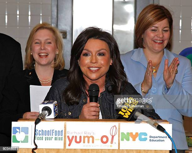US Sen Kristen Gillibrand TV personality Rachael Ray and New York City Council Speaker Christine Quinn promote the Yumo Lunch Program at PS 89 / IS...