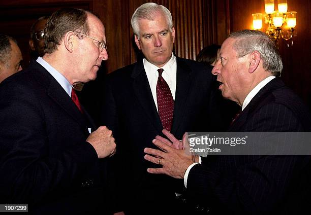 US Sen Lamar Alexander Miles White chairman and chief executive officer of Abbott Laboratories and Raymond Gilmartin chairman and chief executive...