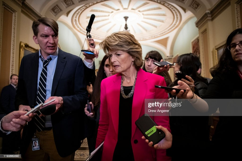 Senators Hold Media Availability After Weekly Policy Luncheons : ニュース写真