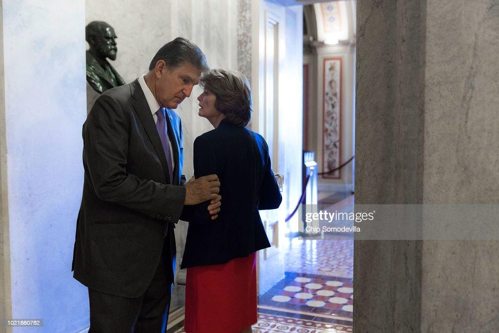 Supreme Court Justice Nominee Kavanaugh Meets With Senators On Capitol Hill : ニュース写真
