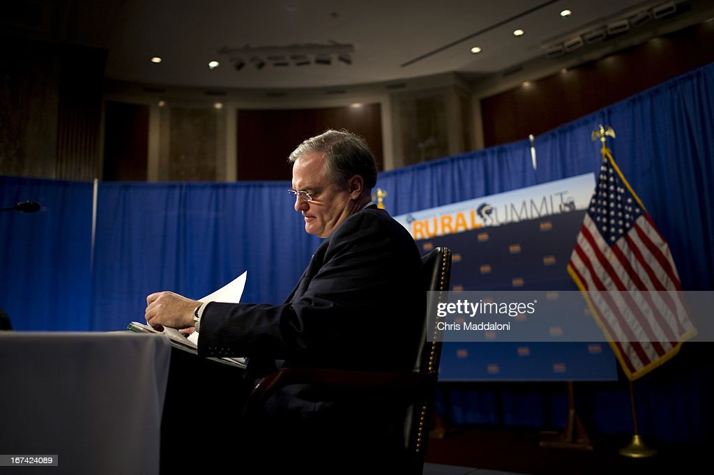 Sen. Mark Pryor, D-Ark., prepares to speak at a Senate Democratic Steering and Outreach Committee's 'Rural Summit,' on issues such as housing, rural development, agriculture, education and conservation in the Dirksen Senate Office building.
