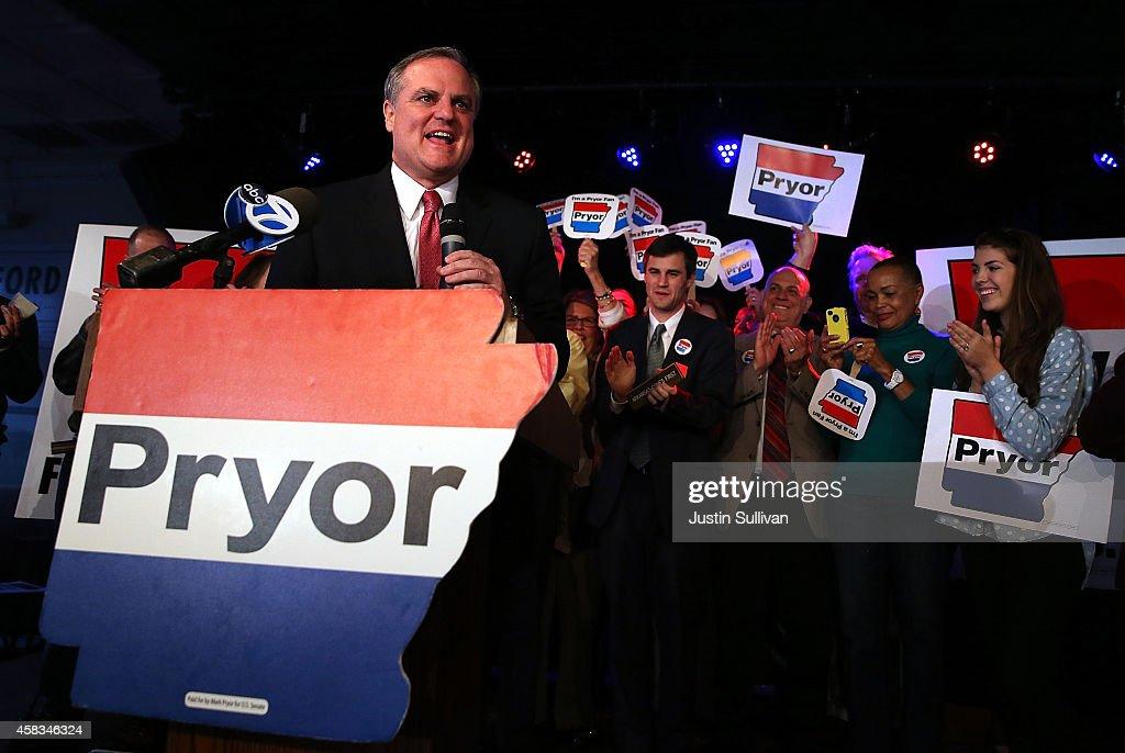 Democratic Senator For Arkansas Mark Pryor Campaigns For Re-Election
