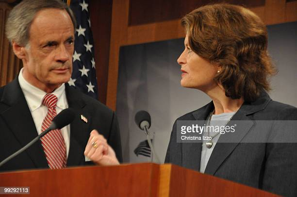 Sen Murkowski and Sen Carper speak during a press conference on providing nutritional information on chain restaurant menus Wednesday June 10 2009