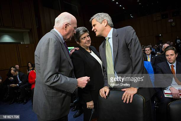 Sen Patrick Leahy Homeland Security Secretary Janet Napolitano and Steve Case chairman and CEO of Revolution Washington DC chat before Napolitano's...