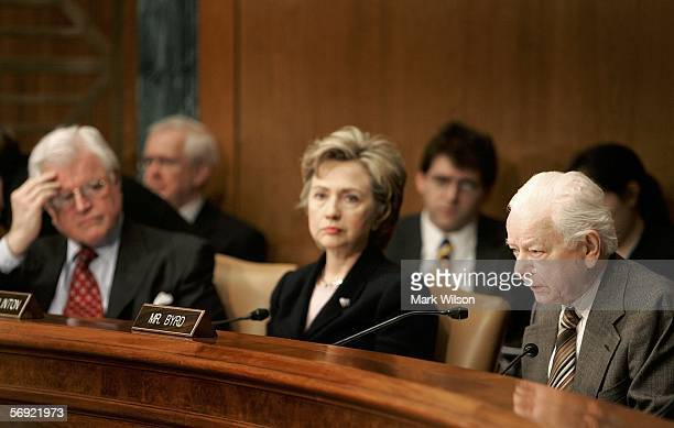 S Sen Robert Byrd speaks while US Sen Hillary Clinton and US Sen Ted Kennedy listen during a news briefing and questionandanswer session on Capitol...