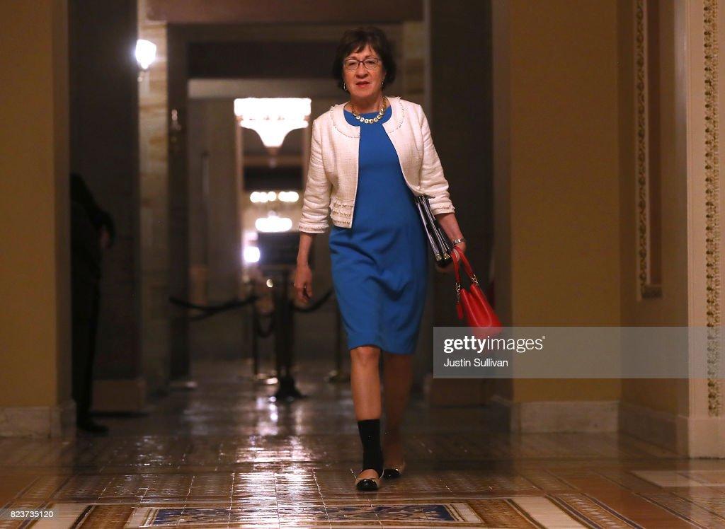 Senators Debate Health Care Bill On Capitol Hill : News Photo