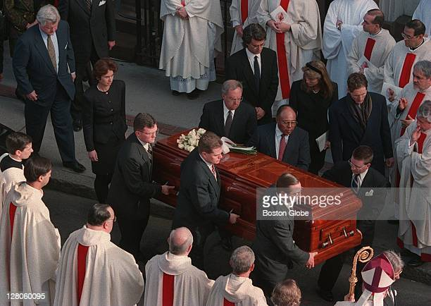 Sen. Ted Kennedy and other members of the Kennedy family following the casket of Rose Kennedy.