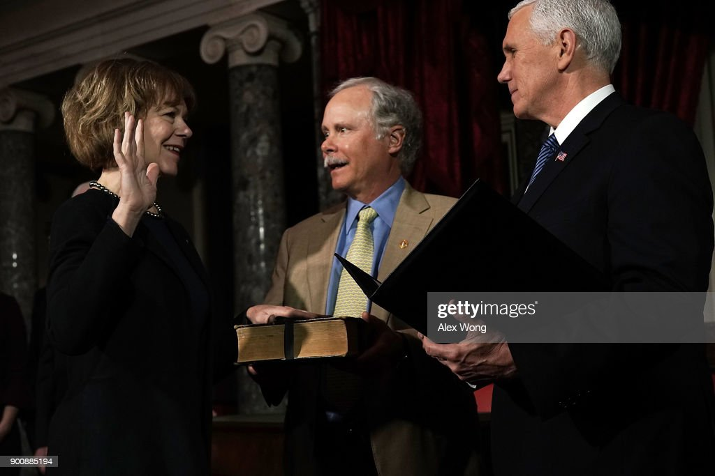 Newly Elected Senators Doug Jones And Tina Smith Sworn Into Senate