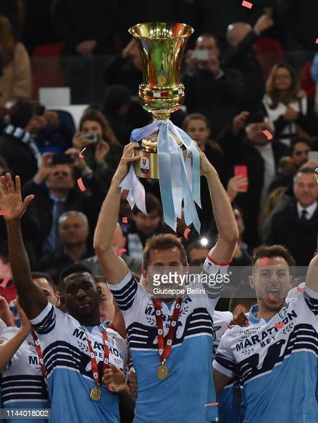 Senad Lulic of SS Lazio celebrates the victory after the TIM Cup Final match between Atalanta BC and SS Lazio at Stadio Olimpico on May 15, 2019 in...