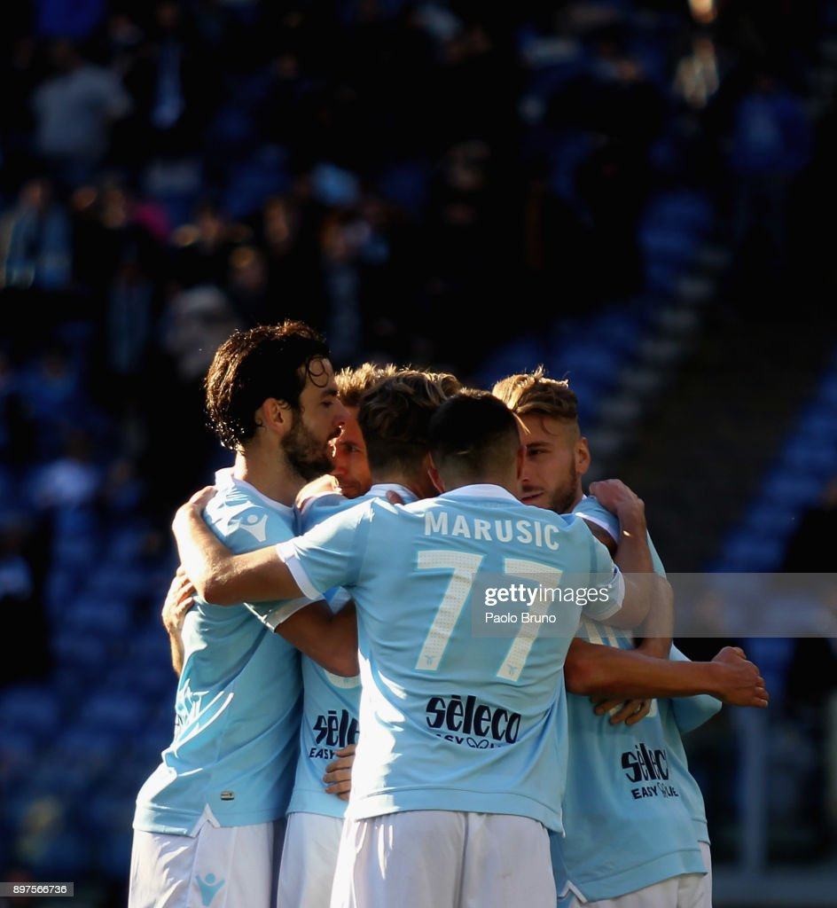 Senad Lulic with his teammtes of SS Lazio celebrates after scoring the team's third goal during the serie A match between SS Lazio and FC Crotone at Stadio Olimpico on December 23, 2017 in Rome, Italy.