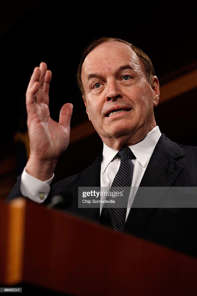 GOP Senators Discuss Financial Reform