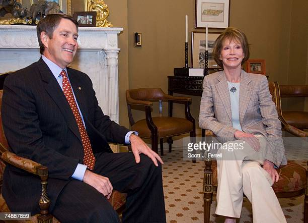 Senate Majority Leader Bill Frist RTenn and Mary Tyler Moore who has diabetes meet in Frist's office in the US Capitol The Senate is scheduled to...