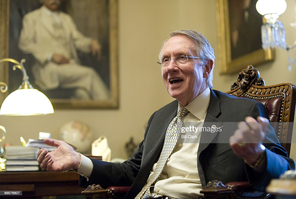 Senate Majority Leader Harry Reid, D-Nev. speaks with Roll Call reporters in his U.S. Capitol office on Tuesday, Jan. 6, 2009.