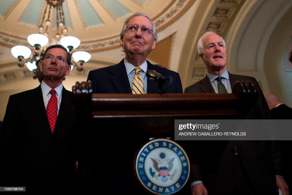 TOPSHOT-US-POLITICS-RUSSIA-TRUMP : News Photo