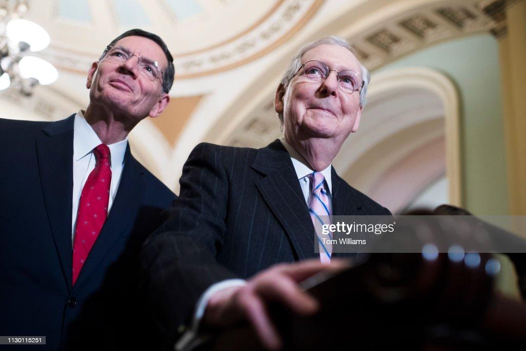 Senate Policy Luncheons : Fotografia de notícias