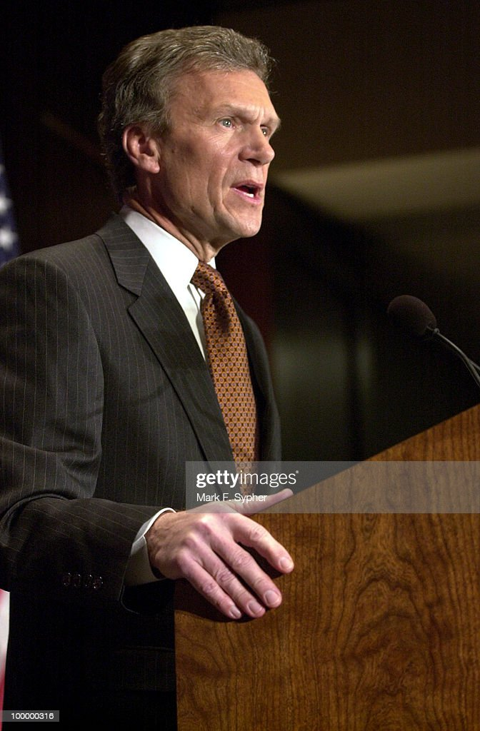 Senate Majority Leader Thomas Daschle (D) gave his 'America's Economy: Rising To Our New Challenges' speech on Friday at the Center for National Policy.