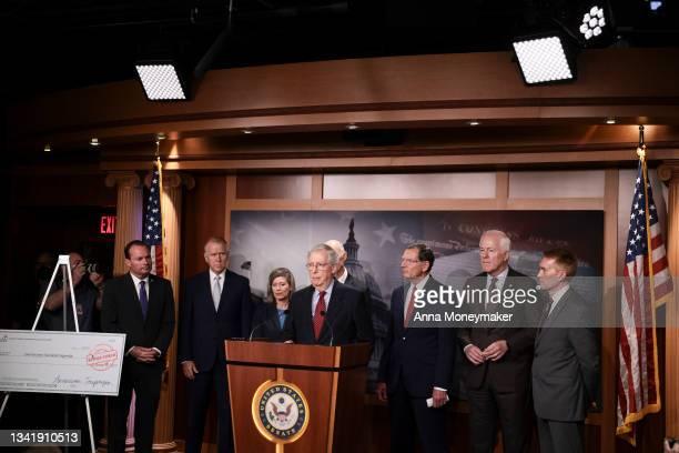 Senate Minority Leader Mitch McConnell speaks a news conference on the debt ceiling as Sen. Mike Lee , Sen. Thom Tillis , Sen. Joni Ernst and Sen....