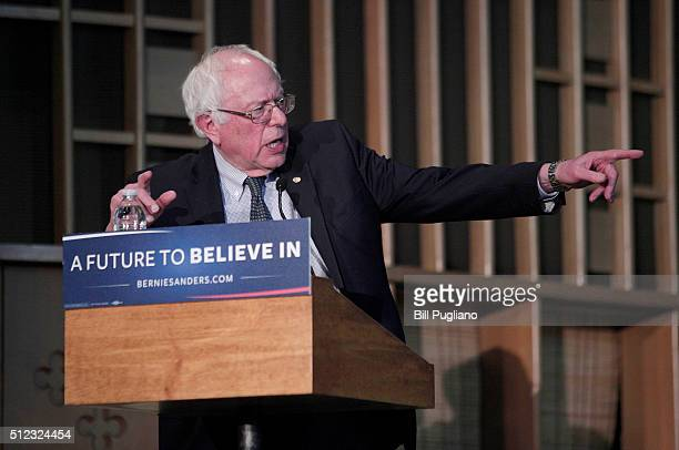 S Senator and Democratic presidential candidate Bernie Sanders speaks at a community forum on the water crisis in Flint at Woodside Church February...