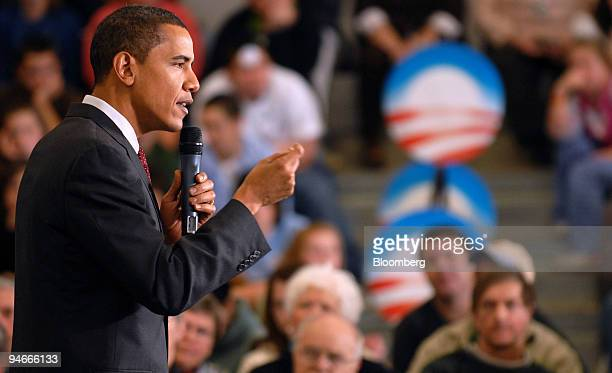 Senator Barack Obama a Democrat from Illinois and 2008 US presidential candidate speaks at a campaign stop at Prospect Mountain High School in Alton...